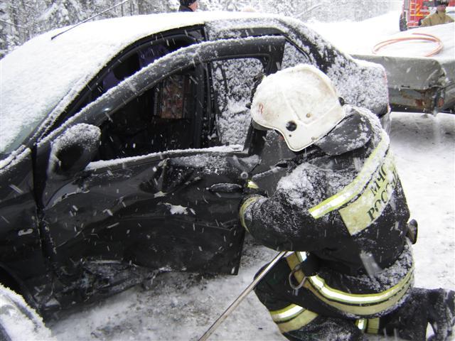 Пожарно-спасательное подразделение привлекалось для ликвидации ДТП в Калевальском районе.