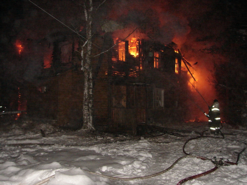 Пожарно-спасательные подразделения привлекались для ликвидации пожара в Сегежском районе.