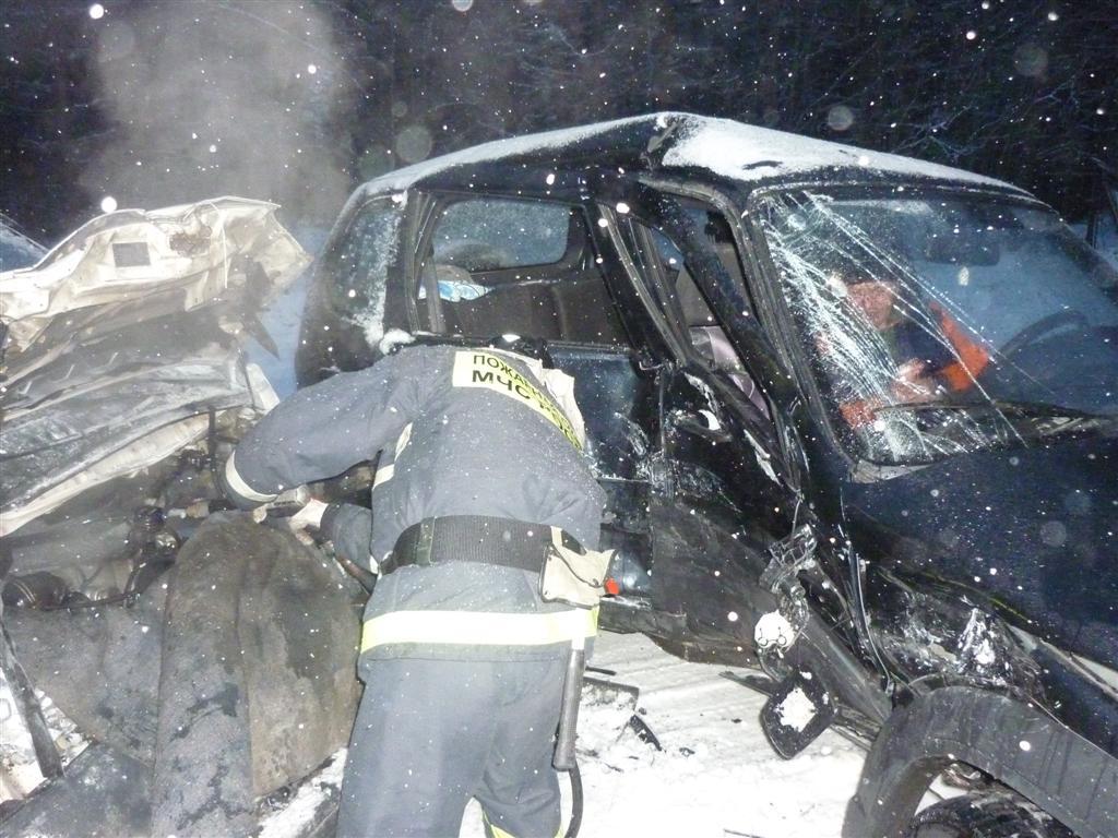 Пожарно-спасательное подразделение привлекалось для ликвидации ДТП в Сегежском районе.