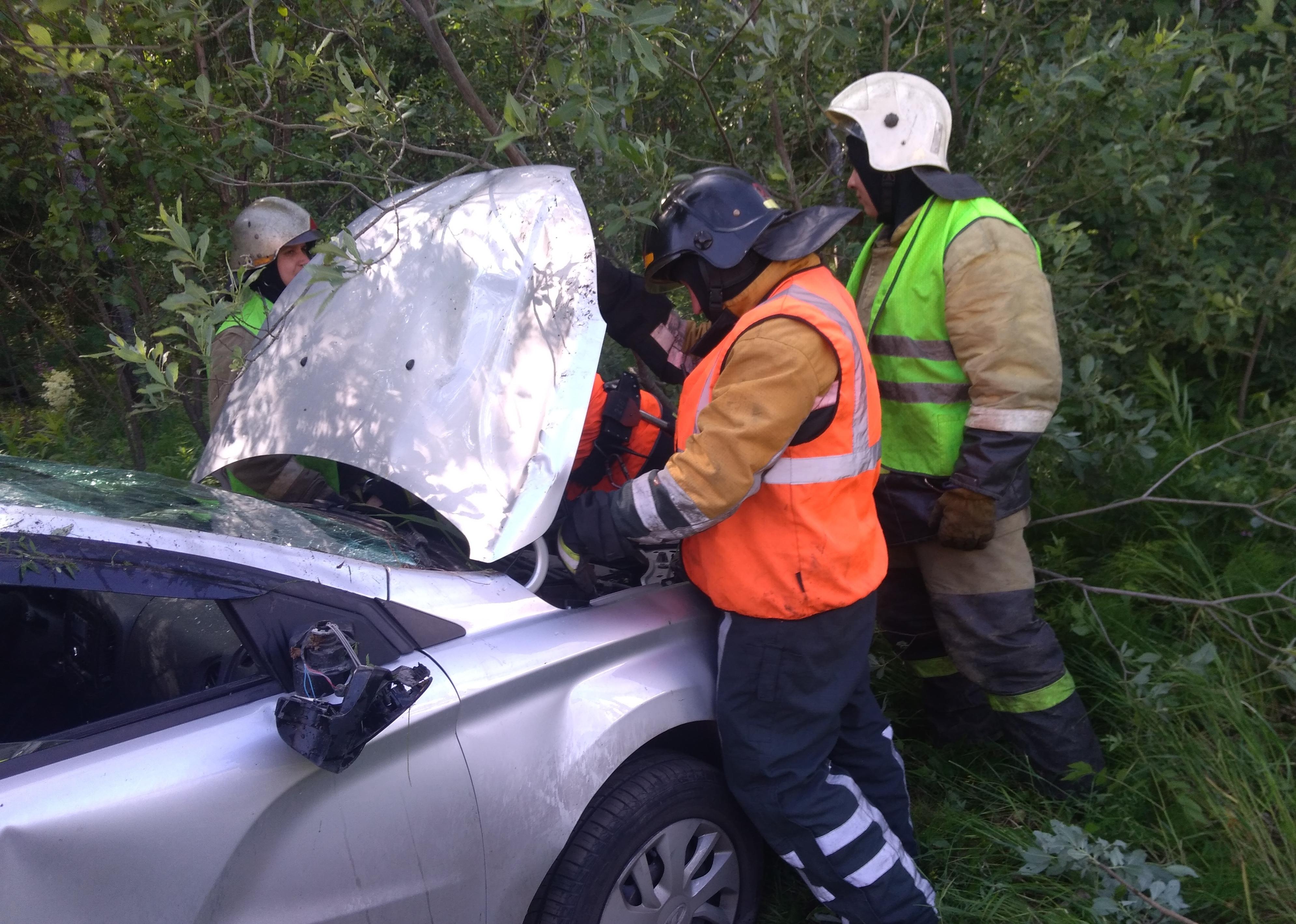 Пожарно-спасательные подразделения привлекались для ликвидации ДТП в Питкярантском районе.