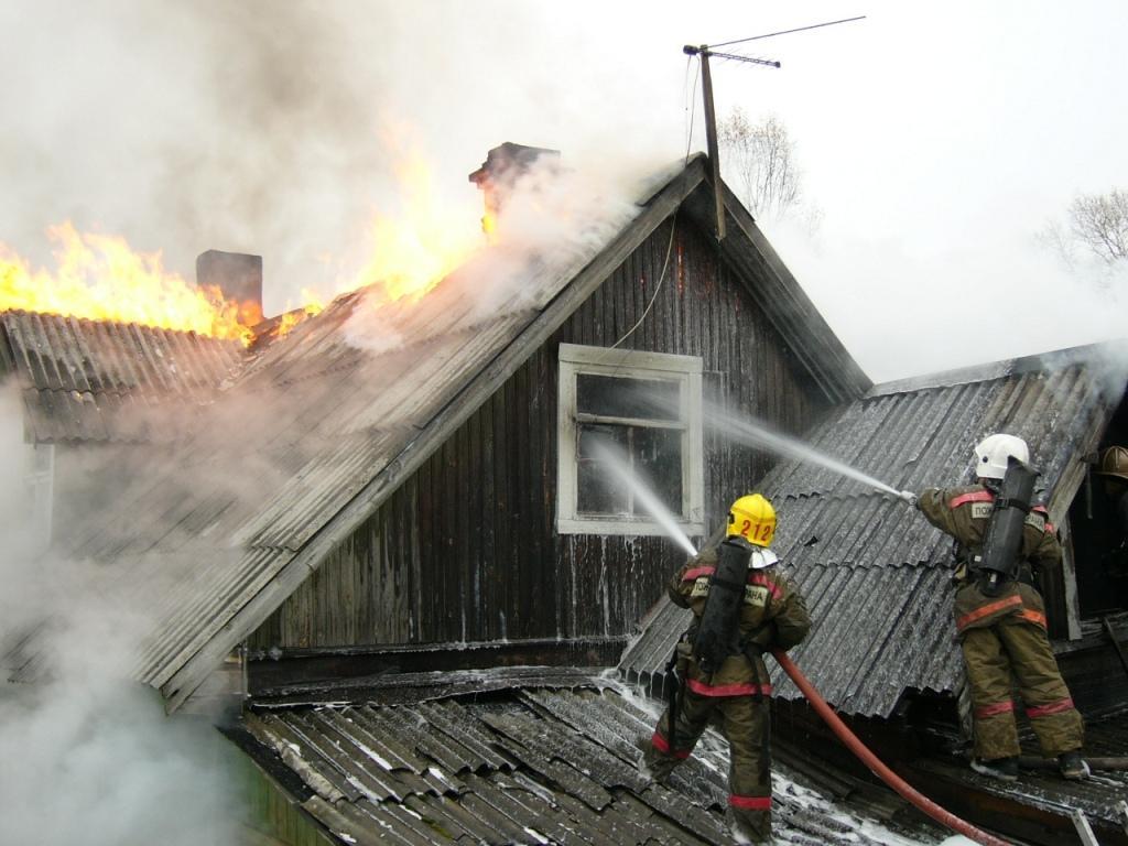 Пожарно-спасательные подразделения ликвидировали пожар в Калевальском районе.