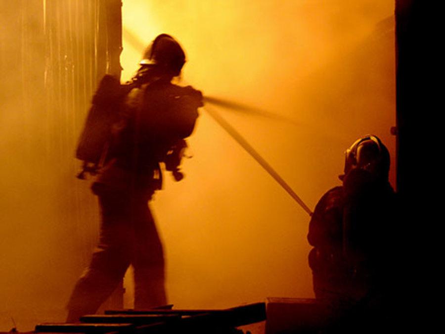 Пожарно-спасательные подразделения привлекались для ликвидации пожара в г. Беломорске.