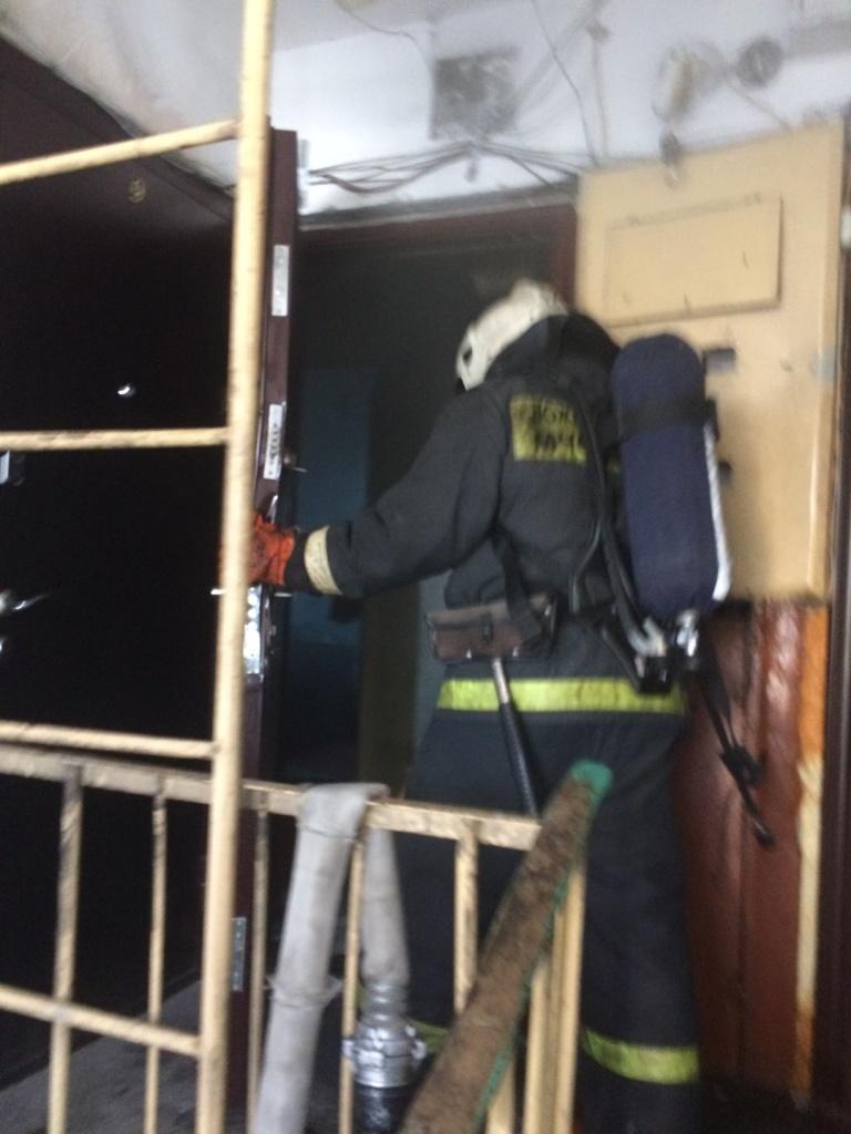 Пожарно-спасательные подразделения ликвидировали пожар в Беломорском районе.