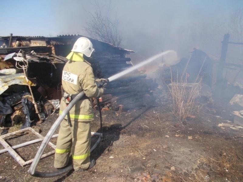 Пожарно-спасательные подразделения ликвидировали пожар в Медвежьегорском районе.