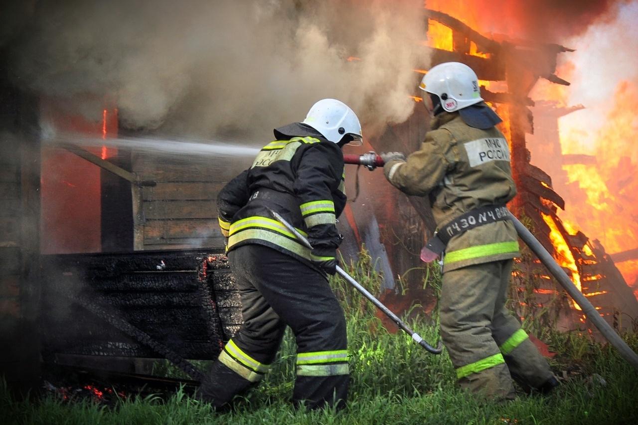 Пожарно-спасательные подразделения привлекались для ликвидации пожара в Медвежьегорском районе.